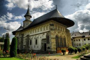 Manastirea Putna_Irinel Cirlanaru