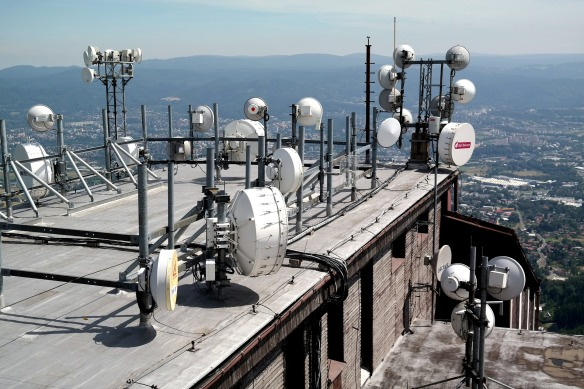 antenna-1561575_1920